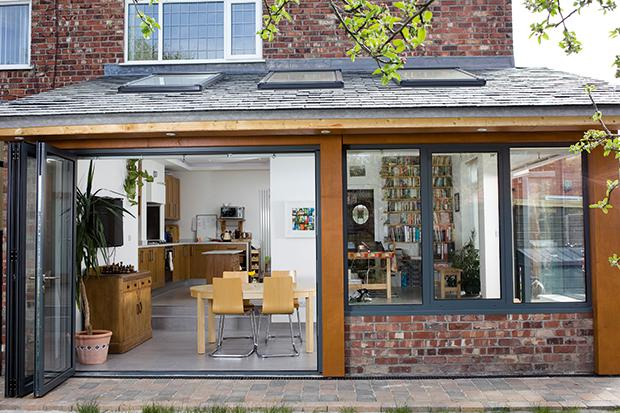 1 - 4 design ideas for modern house extension with bi-folding doors.jpg